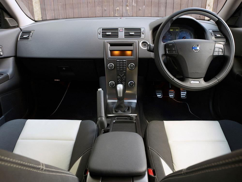 Volvo-C30-12.jpg