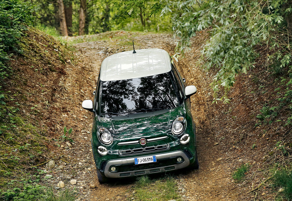 170522_Fiat_New-500L-Cross_03.jpg