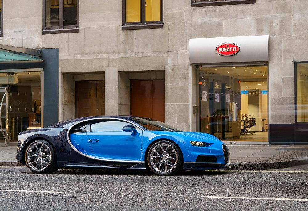 02_First_Chiron_customer_car_UK.jpg