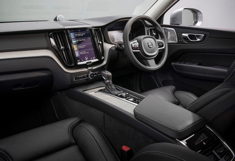 210643_Volvo_XC60.jpg