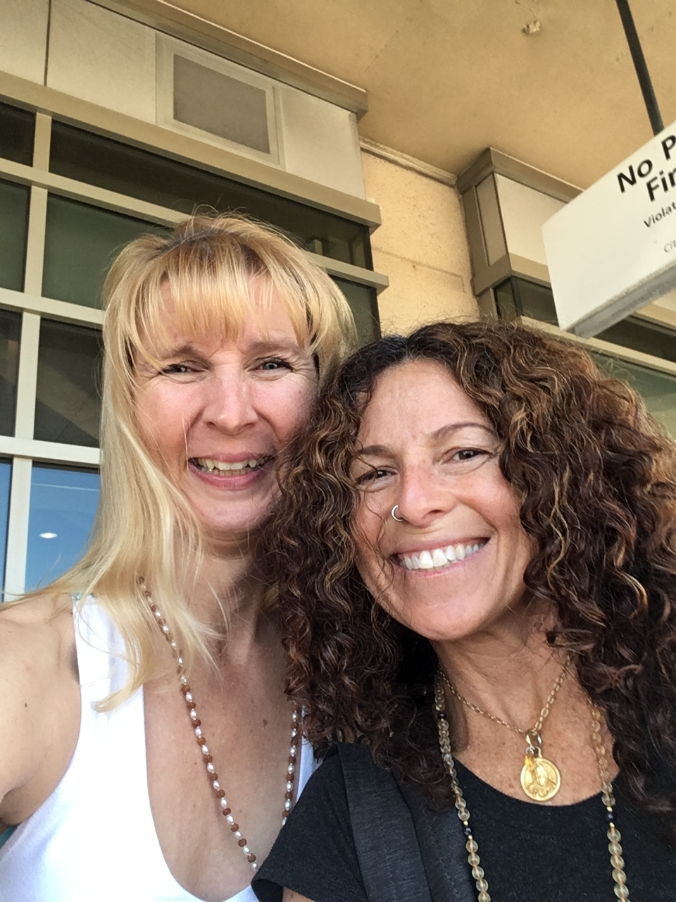 Susan Harp & Monica Mesa Dasi