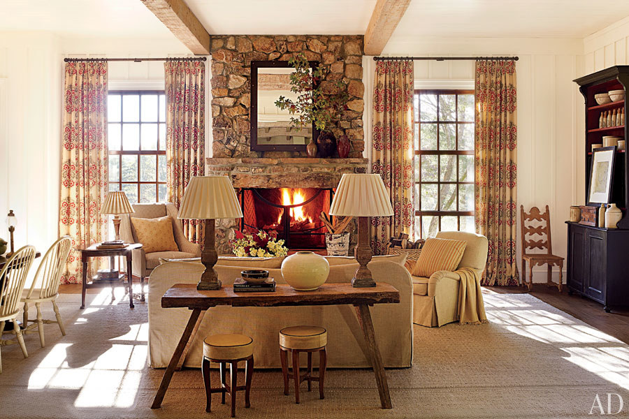 Atlanta designer Suzanne Kasler has a beautiful approach to rustic and western inspired rooms.  They're soft, comfortable, and subtle and not overly theme-y.