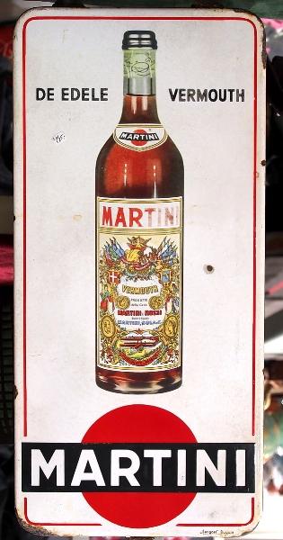 Enamel_advertising_sign,_Martini_Vermouth,_Langcat_Bussum.jpg