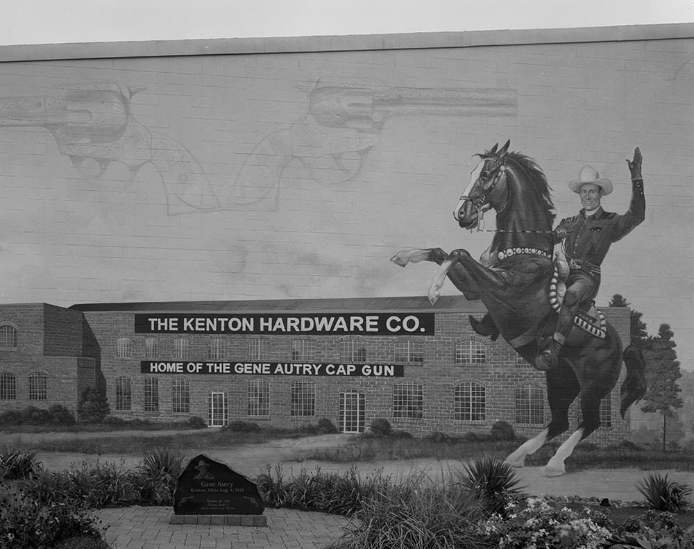 Kenyon, OH 2005.jpg