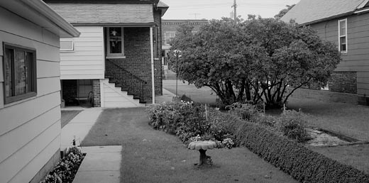 BackyardWhitiingIN1992.jpg
