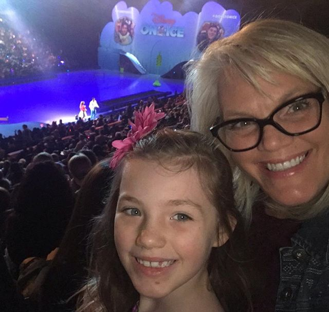 Impromptu Disney On Ice! #disneyonice #mickeyssearchparty #citygirlcoralie #mamaandcora #disney #magic