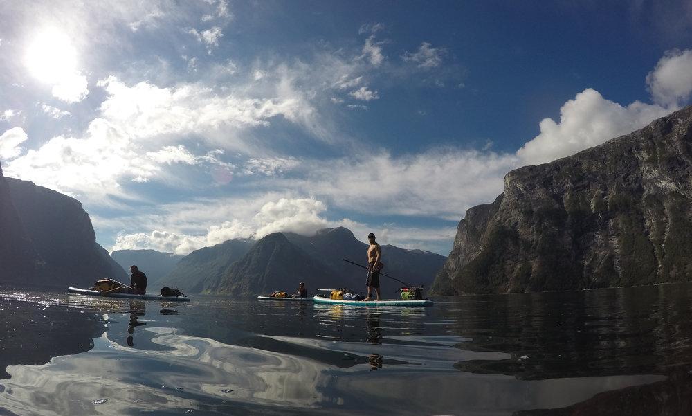 aurlandsfjord-rest-stop.JPG