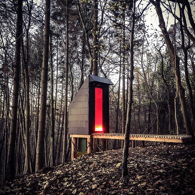 Ok, so you wouldn't want to sleep here, but this compost toilet by @invisible_studio is very cool. Don't look down!