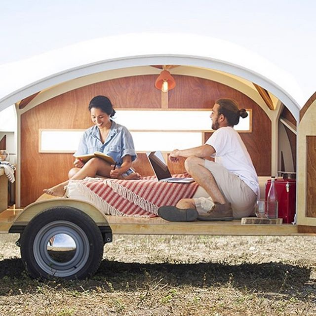 Loving this mobile hideaway by @thehuttehut - so cosy!
