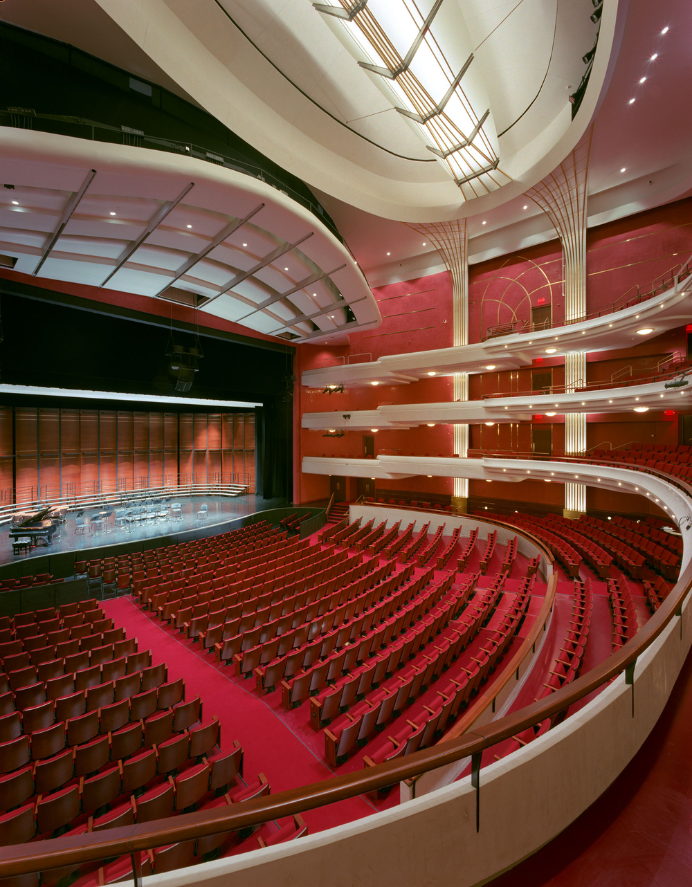 Fox_Cities_main_theatre_5_reduced.png