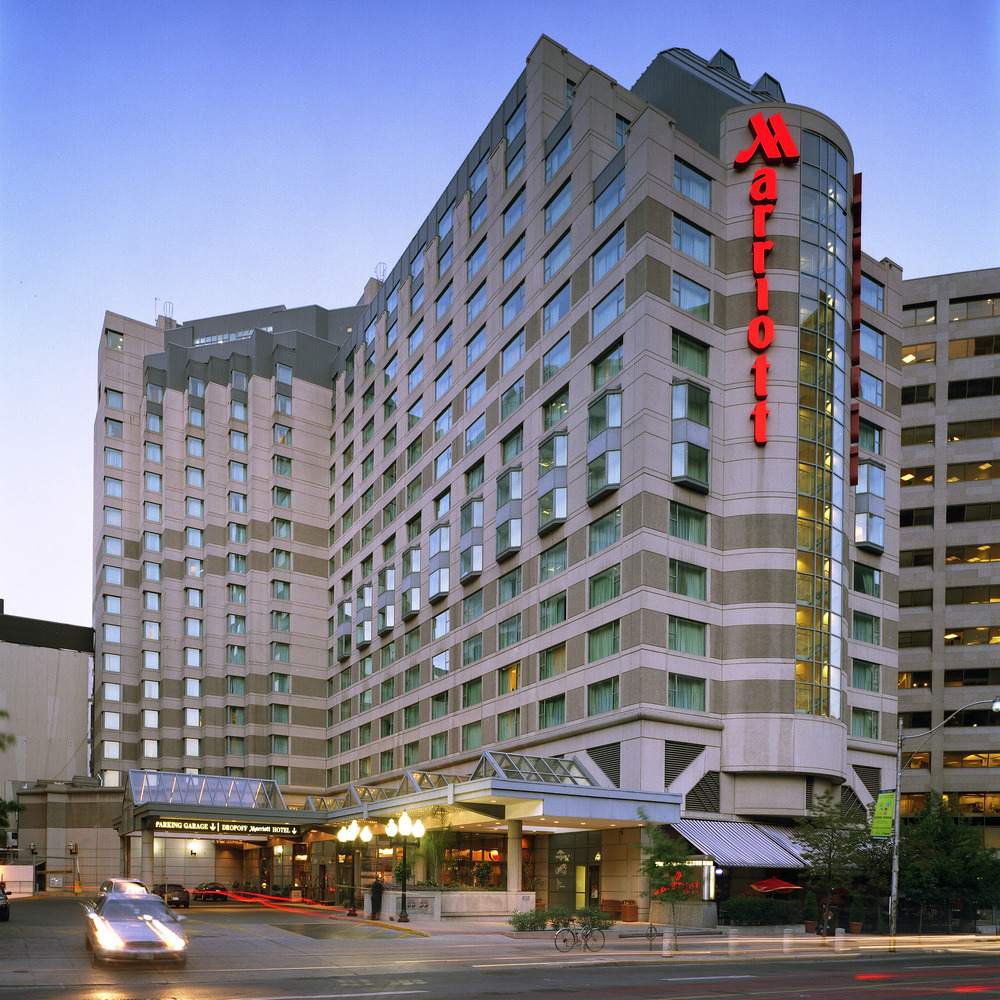 Marriott Hotel at Toronto Eaton Centre
