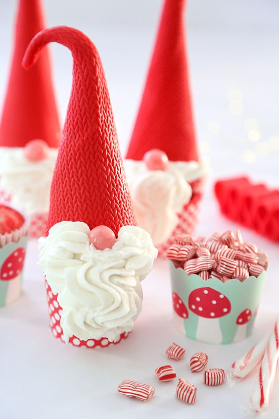 Peppermint Christmas Gnome Cupcakes.jpg