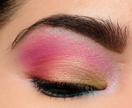 Too Faced Festival Collection - Eyes.jpg