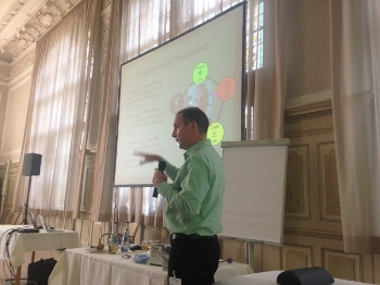 CT Holman teaching at the TCM Kongress in Rothenberg, Germany