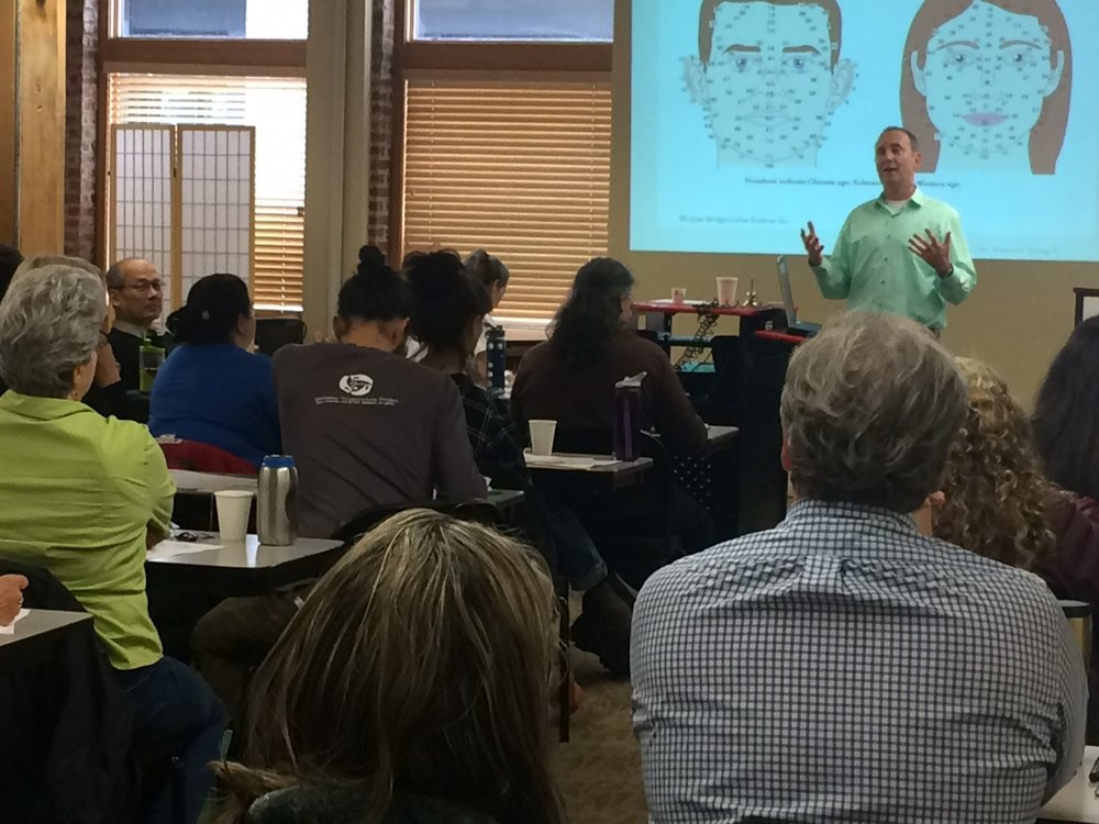Teaching Applied Facial Diagnosis at the Oregon College of Oriental Medicine in June 2017.