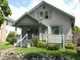 704 Cottage Street NE Salem, OR 97301
