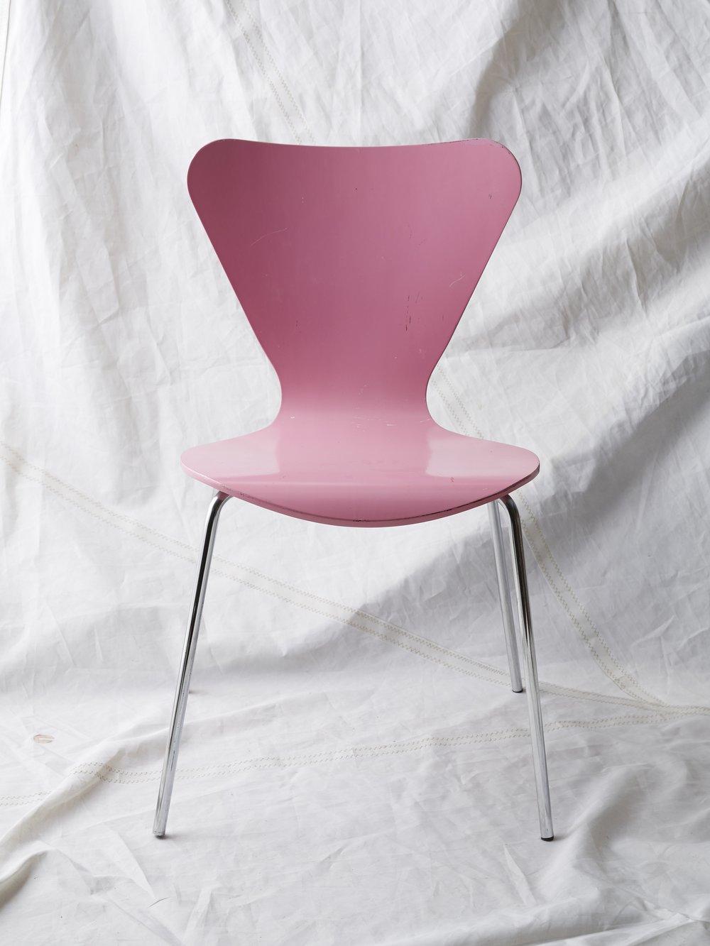"CH019 Arne Jacobson pink chair 32"" H x 18"" W x 19"" D $75/week"