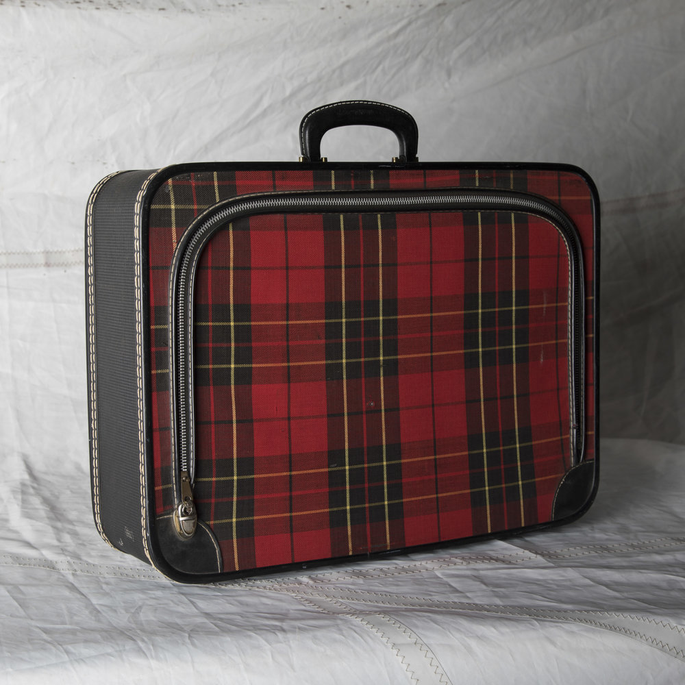 "LUGGAGE 03 BLACK AND RED PLAID SOFT TOP SUITCASE 20.5"" L x 14.5"" W x 5"" D"