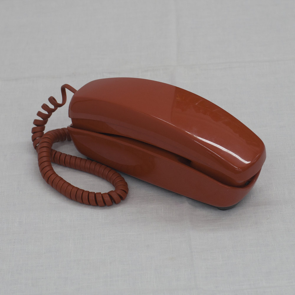 RUST PUSH BUTTON PHONE