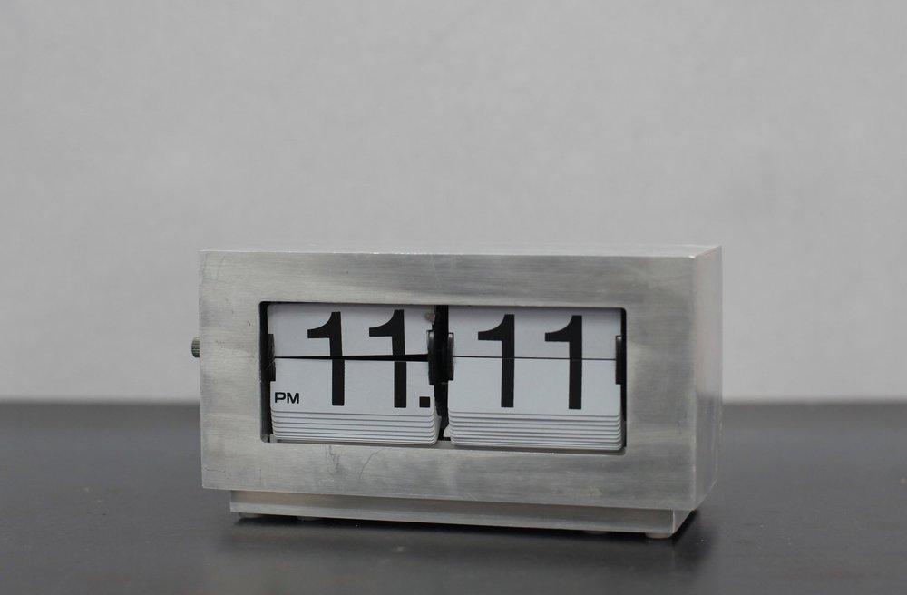 PH-CLOCK-00.JPG