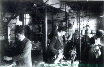 Watkins Meter Factory 1915 WW1 Image Herefordshire (Courtesy of Herefordshire History org uk).PNG