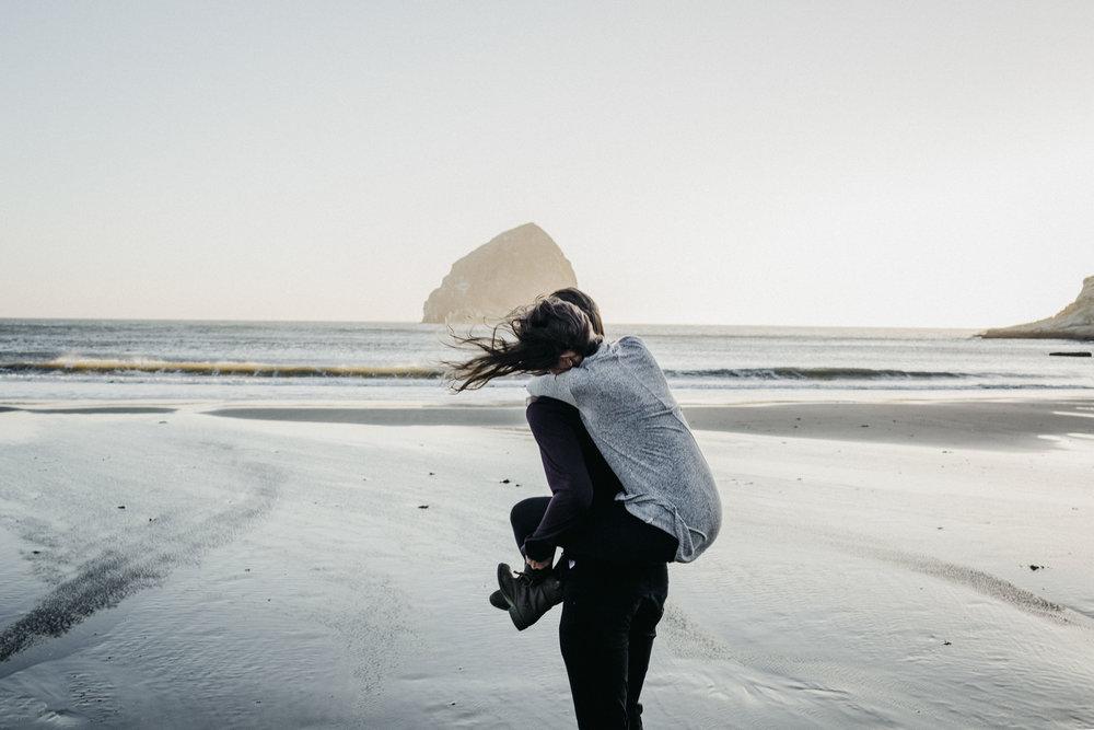 Oregon Couples Videographer Photographer-35.jpg