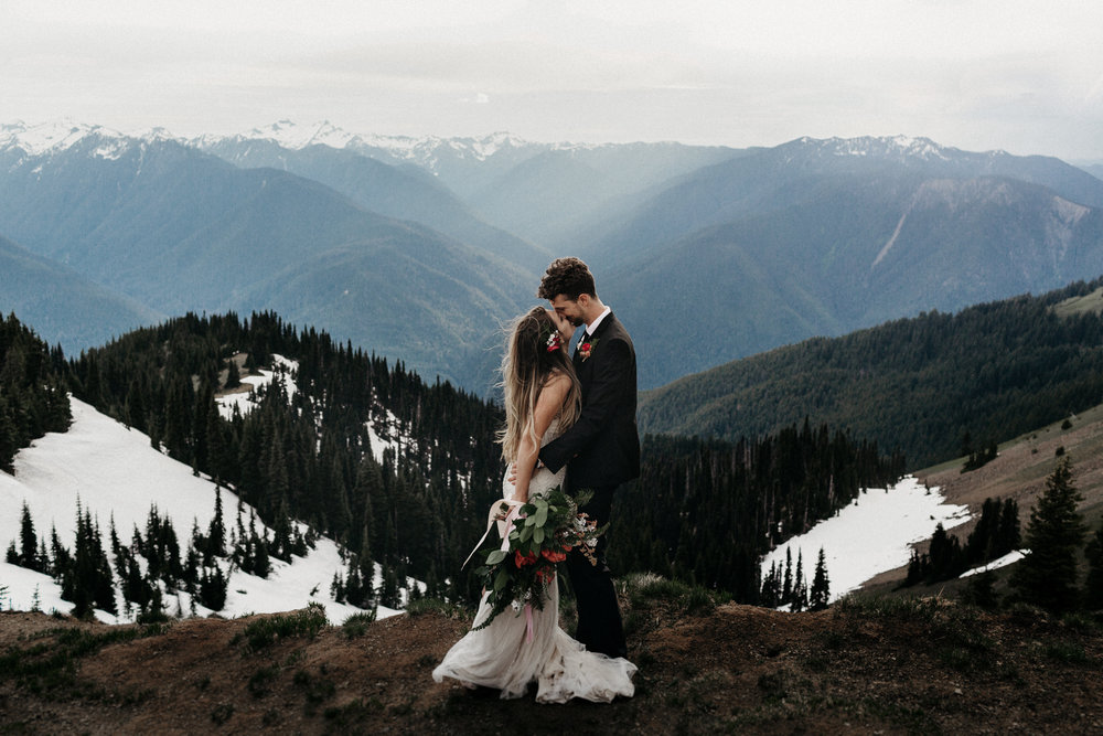 Memories that speak //Video - Wedding films to capture the movement, sounds, and feeling of your wedding day.