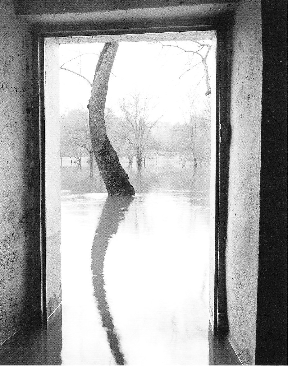 """L'eau Grande 4,"" 2001, photograph, 24x20 in."