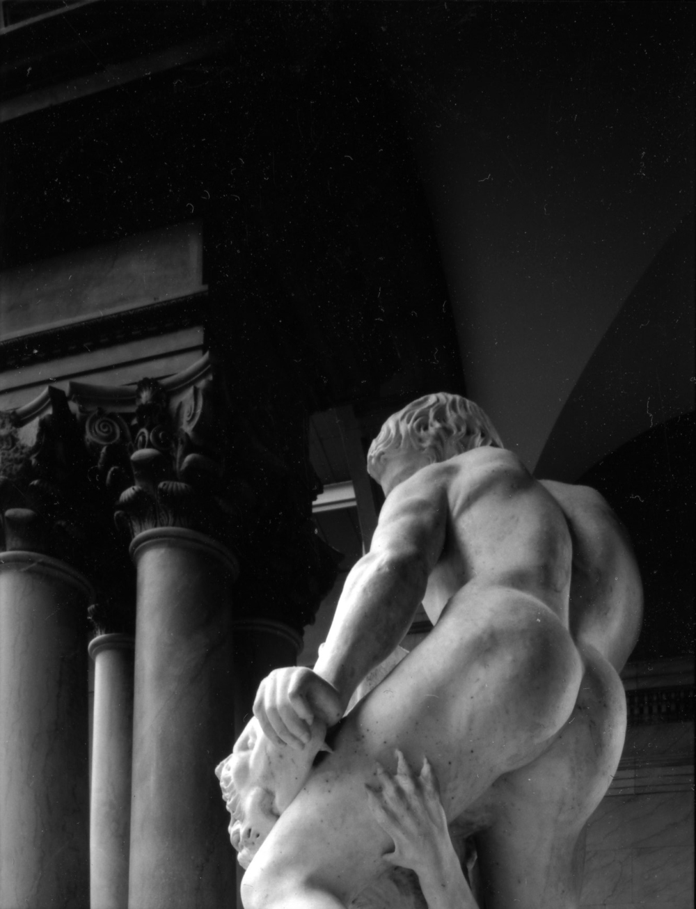 """The Art Institute of Chicago, Cristoforo Stati's Samson and the Lion (Italy, c. 1600),"" 2009, photograph, 20x24 in."