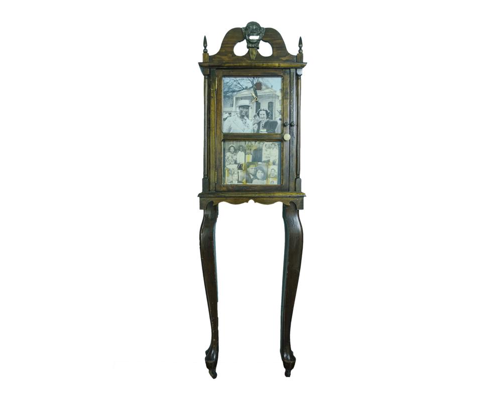 1996 Negro Clock