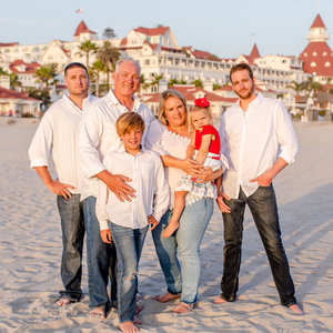 Don-Snow-and-Family-square.jpg
