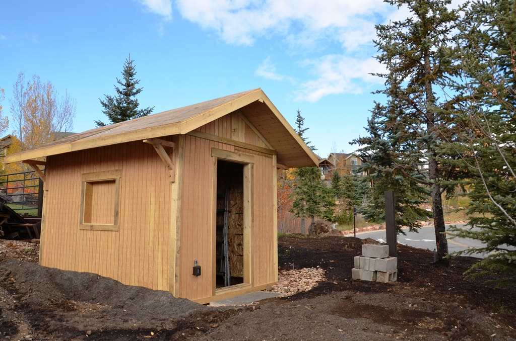 Irrigation house is coming along nicely and has new wooden siding. All our lumber is sourced locally from the Uintas.