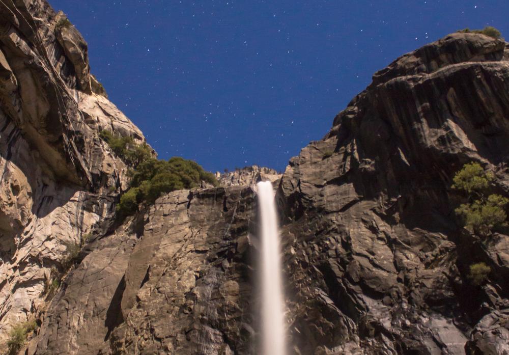yos_falls2.jpg