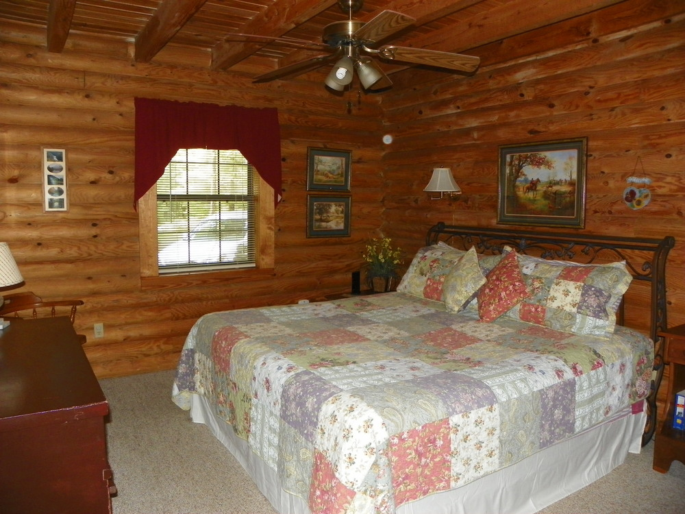 Laurel Place main floor king bedroom