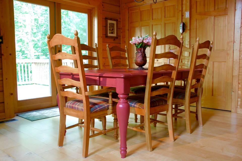 Hemlock Bluff dining room