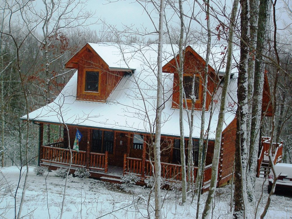 Second Nest cabin front with snow