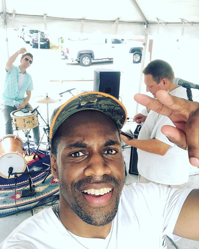 Had a great time playing @shawartfair today at @towergrovepark - thanks to all that stopped by to listen! #shawartfair #towergrovepark #stlouis #stlmusic #chilledmusic