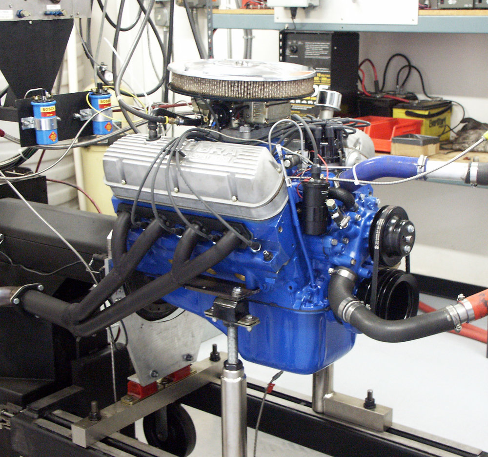 engine on dyno 6-2005-2.JPG