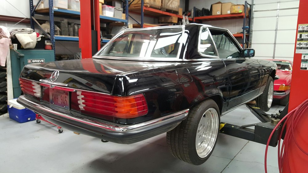 1986 mercedes benz 560sl carobu high performance parts for Mercedes benz racing parts