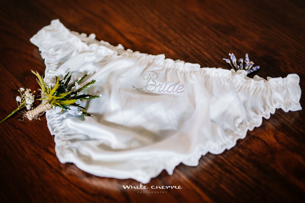 White Cherrie, Scottish, Natural, Wedding Photographer, Lynda & David preview-12.jpg