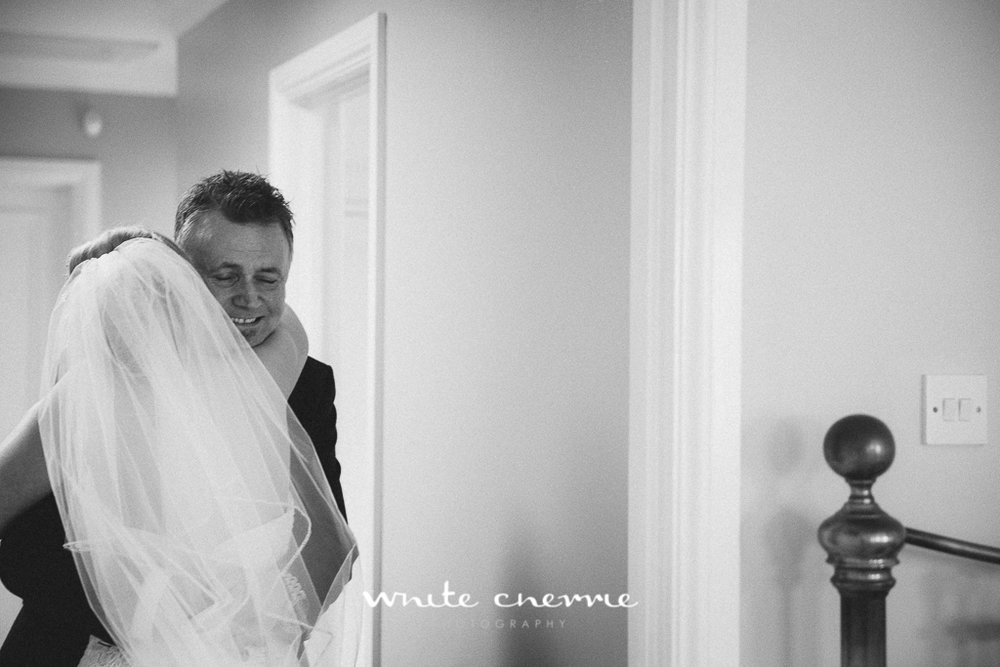 White Cherrie, Edinburgh, Natural, Wedding Photographer, Megan & Davy previews-17.jpg