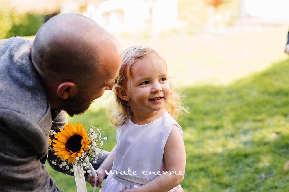 White Cherrie, Edinburgh, Natural, Wedding Photographer, Emma & Steven previews-14.jpg