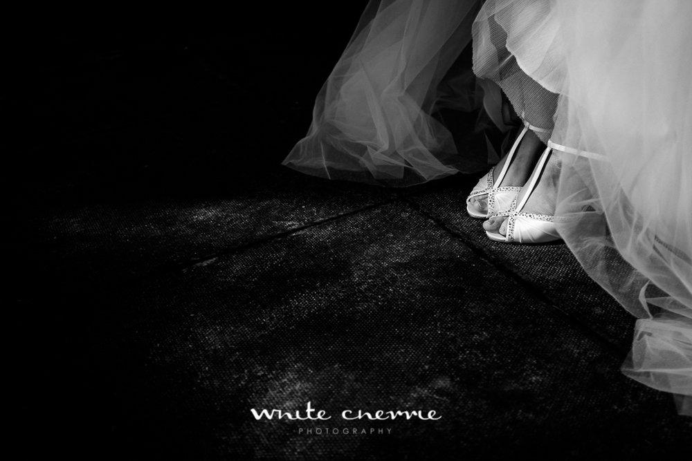 White Cherrie, Edinburgh, Natural, Wedding Photographer, Emma & Steven previews-21.jpg