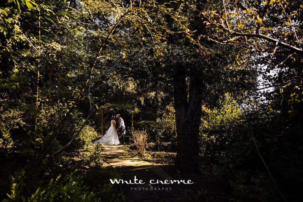 White Cherrie, Edinburgh, Natural, Wedding Photographer, Emma & Steven previews-23.jpg