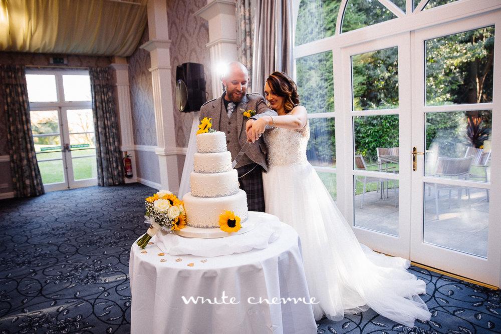White Cherrie, Edinburgh, Natural, Wedding Photographer, Emma & Steven previews-32.jpg