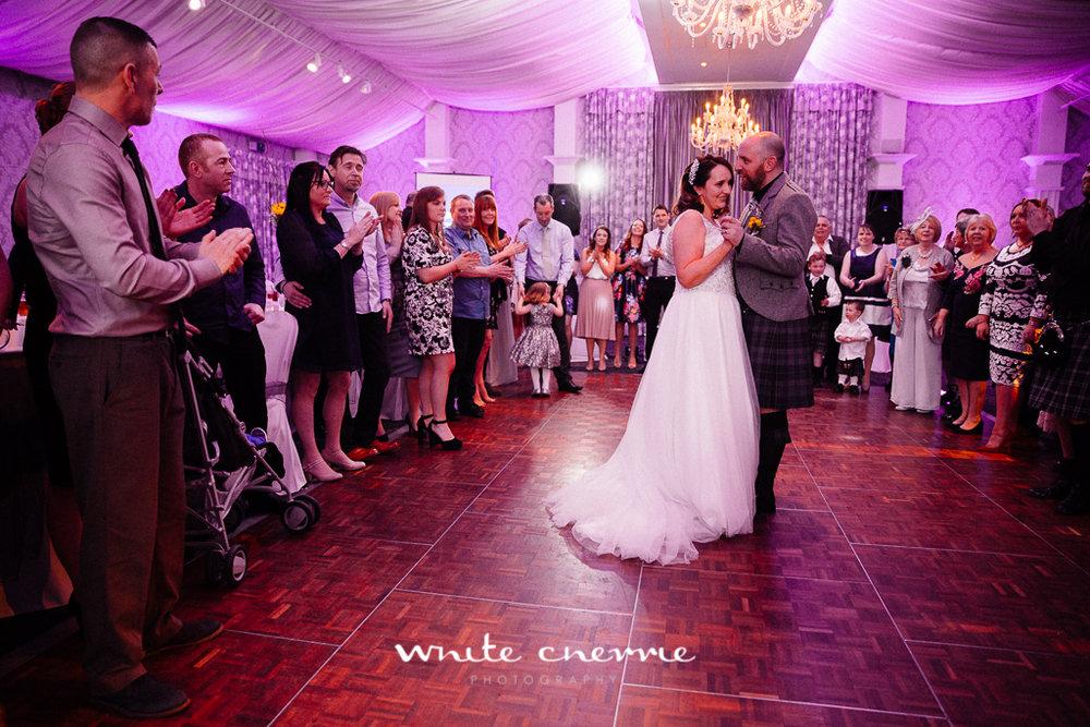 White Cherrie, Edinburgh, Natural, Wedding Photographer, Emma & Steven previews-36.jpg
