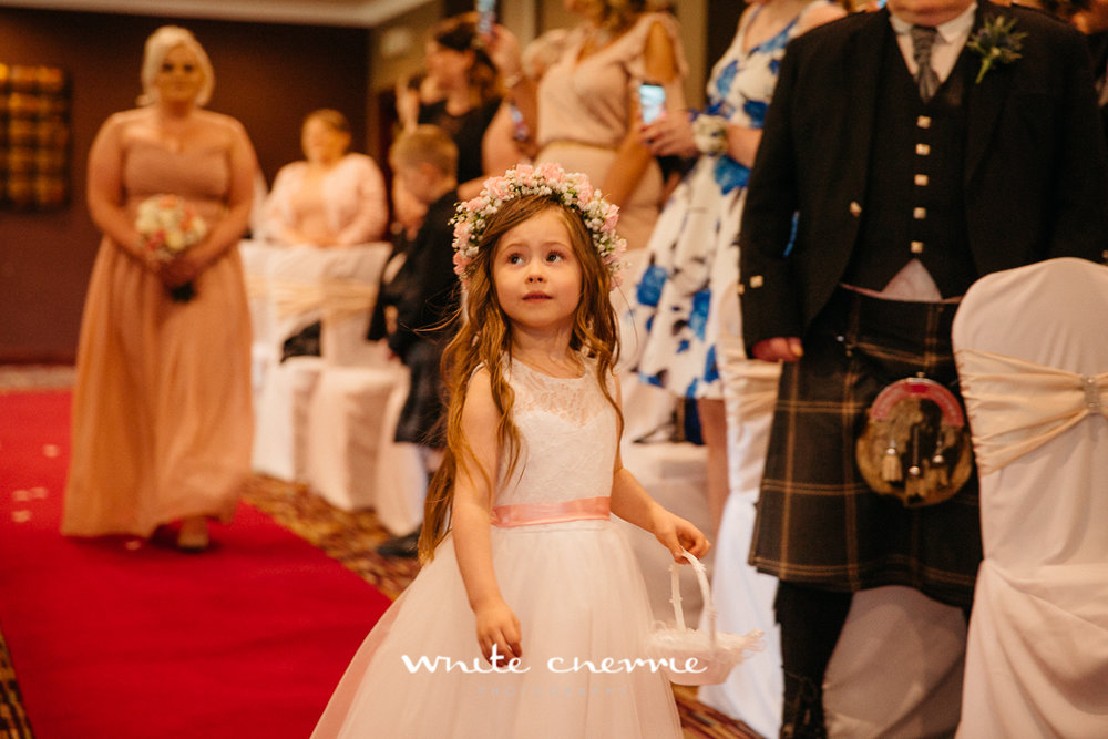 White Cherrie, Edinburgh, Natural, Wedding Photographer, Debbie & Billy previews (30 of 57).jpg