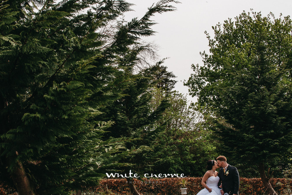 White Cherrie, Edinburgh, Natural, Wedding Photographer, Debbie & Billy previews (45 of 57).jpg