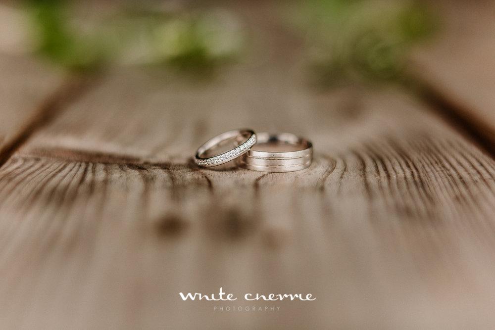 White Cherrie, Edinburgh, Natural, Wedding Photographer, Laura and Jamie previews (7 of 58).jpg