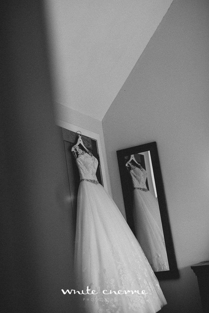 White Cherrie, Edinburgh, Natural, Wedding Photographer, Laura and Jamie previews (8 of 58).jpg